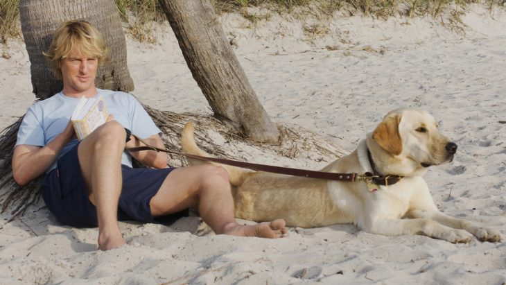 MMKS-29 John (Owen Wilson) takes advantage of one of MarleyÕs infrequent mellow moments.